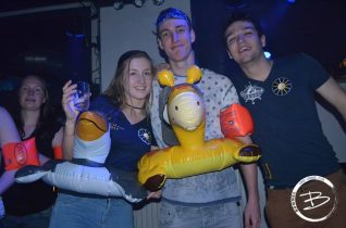 Dolfijn feest 13-04-17